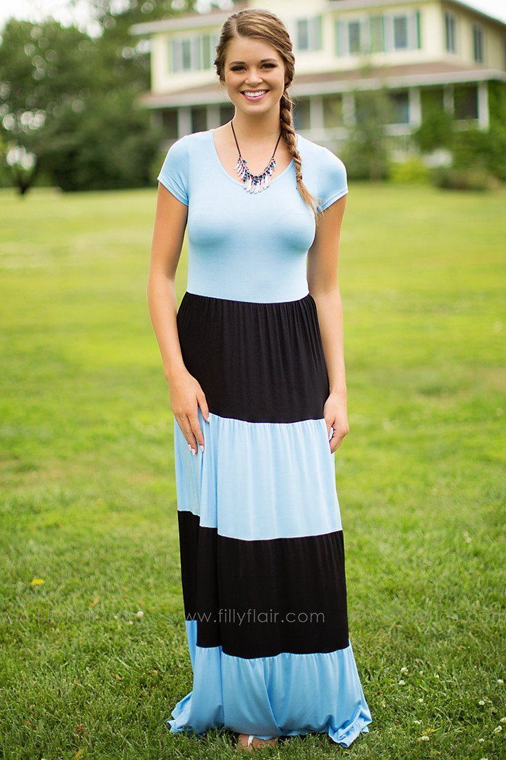 PRETTIEST PLACE TO BE MAXI DRESS IN LIGHT BLUE AND BLACK