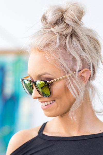 Wayfarer Sunglasses With Amber Frame and Yellow Polarized Lenses - Filly Flair