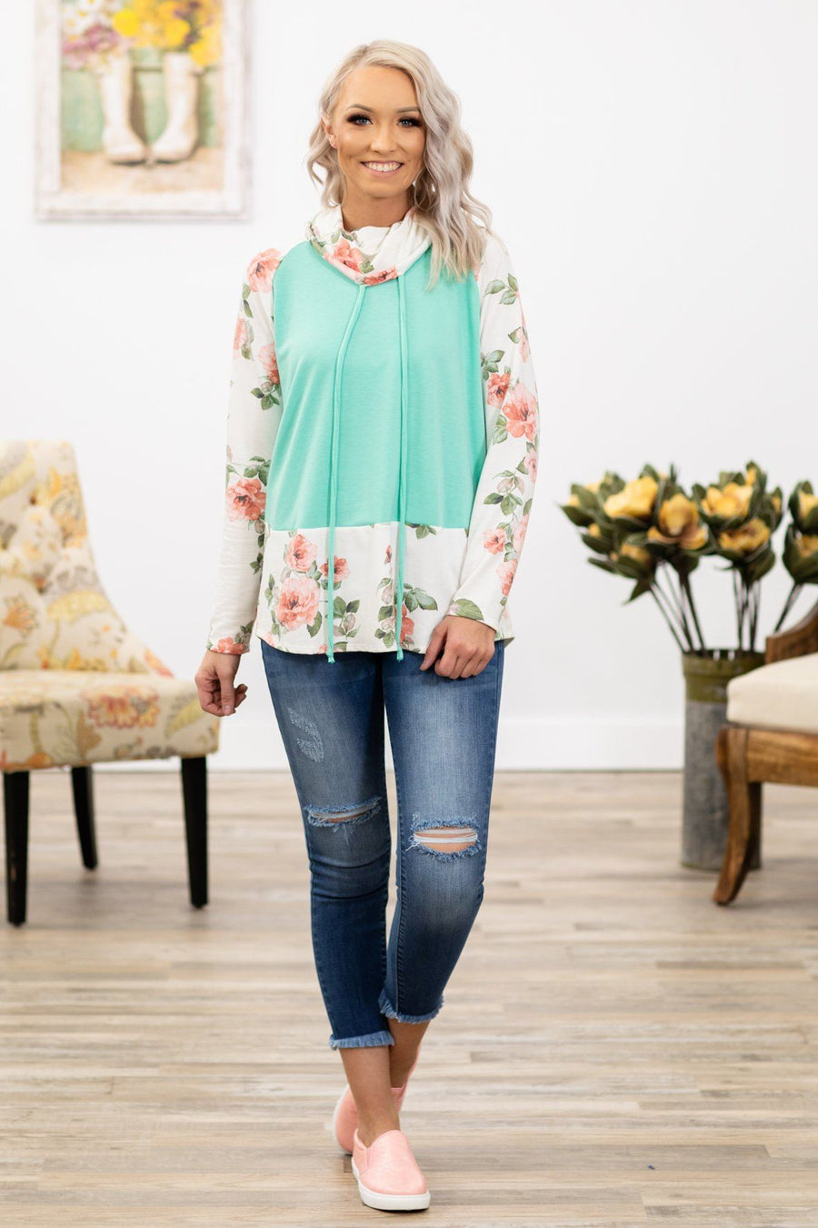 82fd7e9d29532 My Town Long Sleeve Floral Cowl Neck Top in Mint