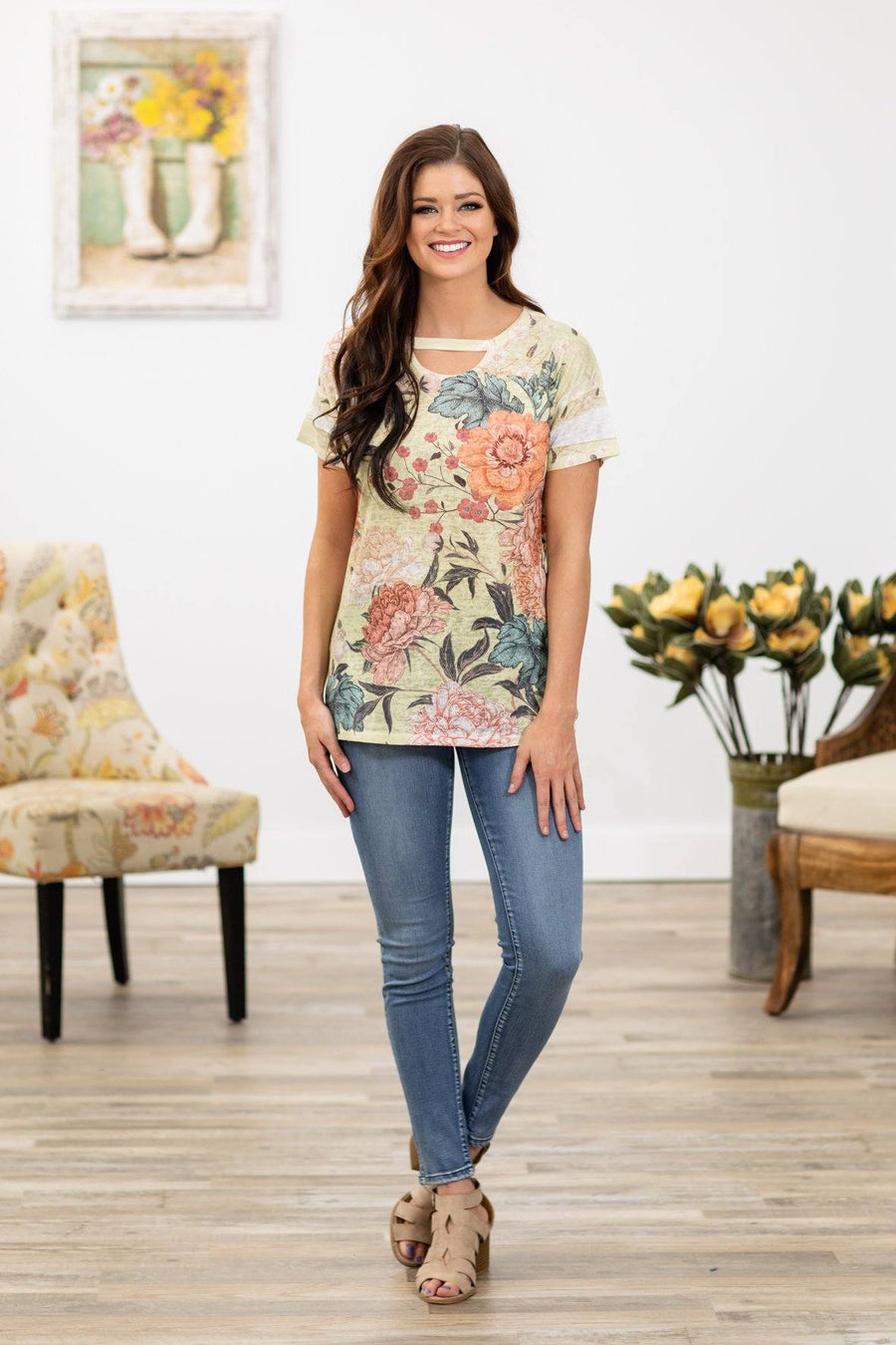 a9defa5404463 Dream a Dream Short Sleeve Vintage Floral Top in Yellow