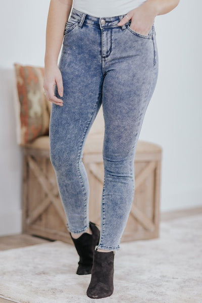 Carisma Cello Mid Rise Acid Wash Skinny Jeans - Filly Flair