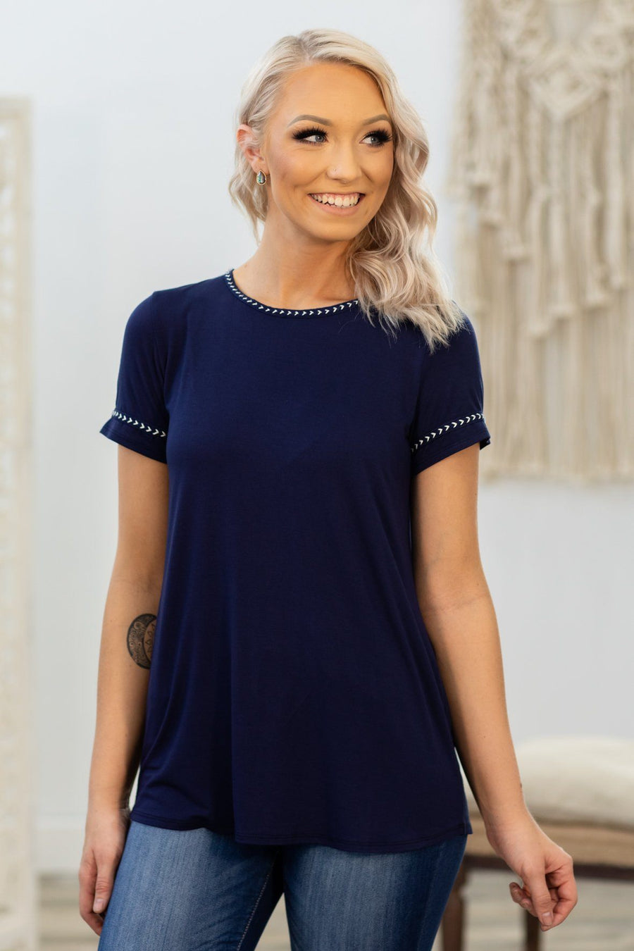 4b7613fd726ae I Saw The Light Short Sleeve Embroidered Hem Top in Navy