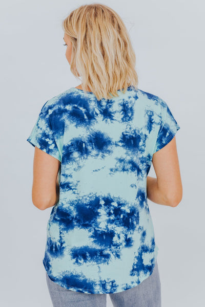 Breathe Easy Tie Dye Top in Blue - Filly Flair