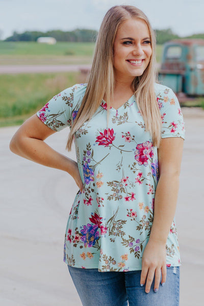 Be a Diamond Floral Print Short Sleeve Top in Mint - Filly Flair