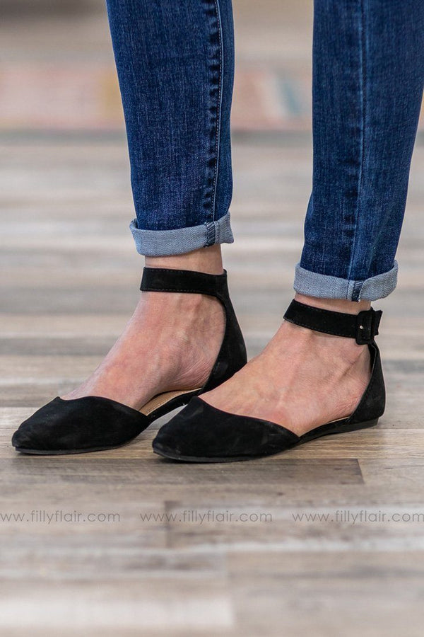Feeling Fine Strappy Flat Closed Toe Shoe in Black - Filly Flair