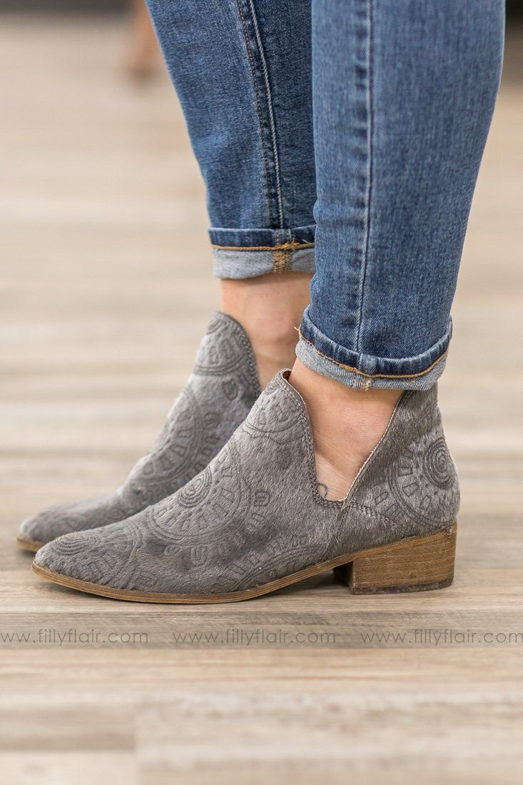 Mi iM Ellen Grey Booties