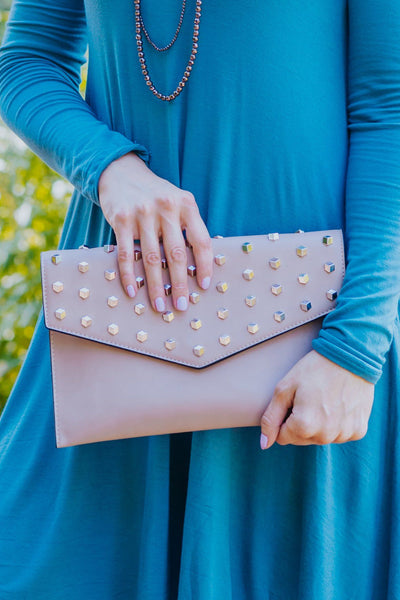 Tagging Along Magnetic Snap Detachable Shoulder Strap Clutch in Beige - Filly Flair