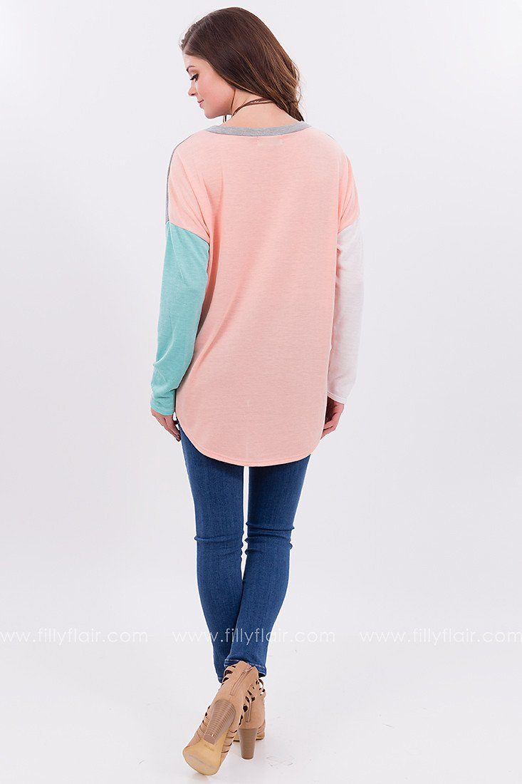 Feeling Mod Color Block Top
