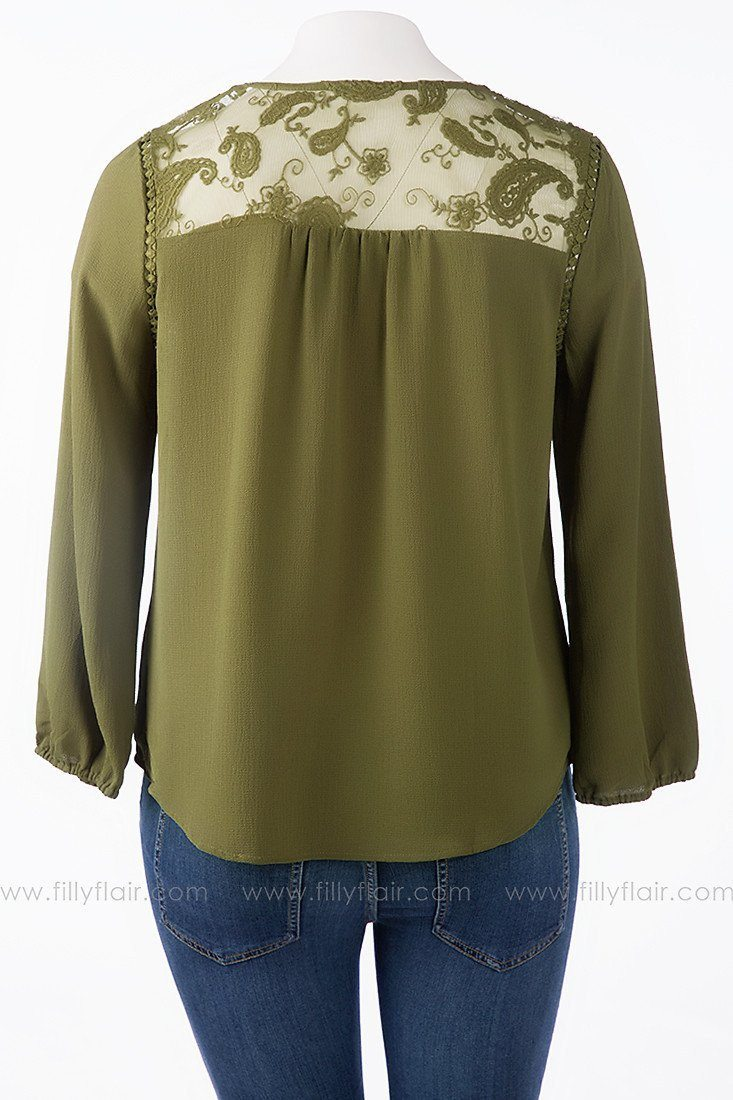 Take It Easy Top in Olive Plus