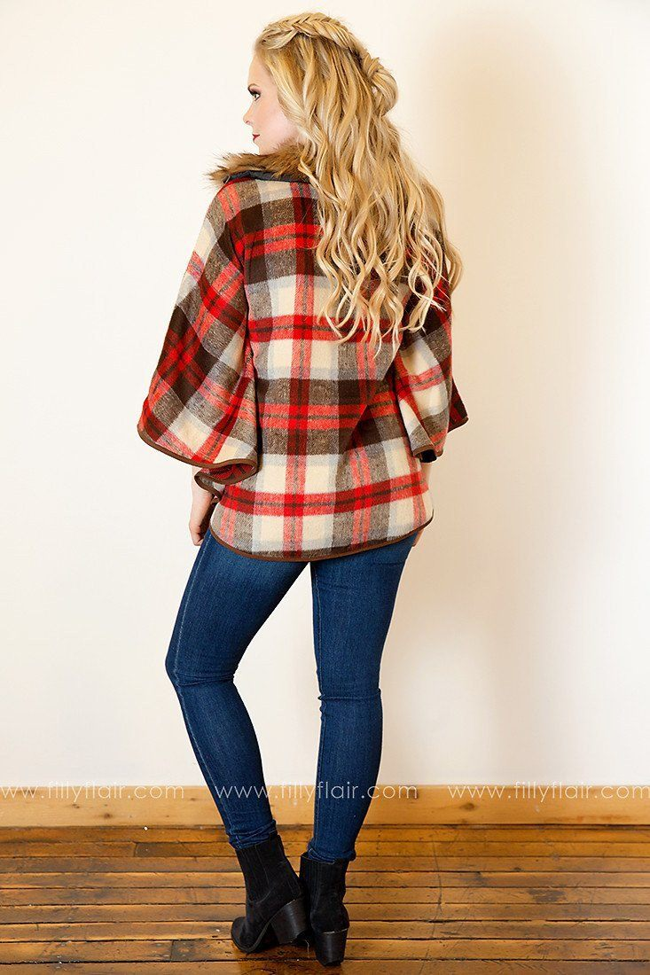 Sharp Style Plaid Capelet in Red
