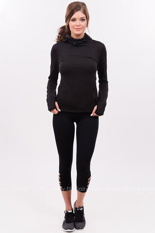 Fully Aligned Cut-Out Legging in Black