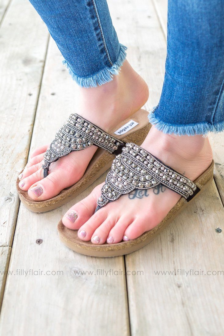Not Rated Tiya Sandal In Black - Filly Flair