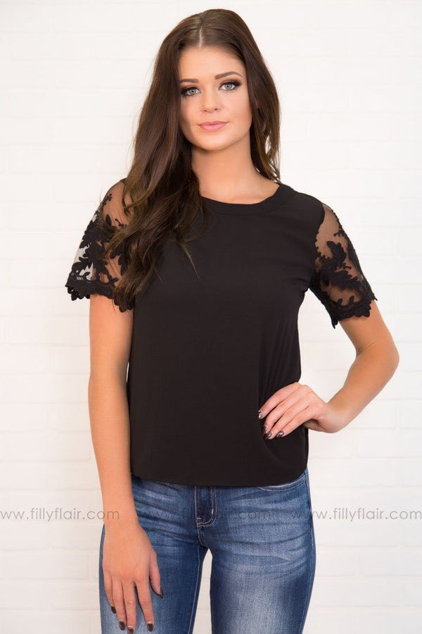 Farrah Short Lace Sleeve Top in Black