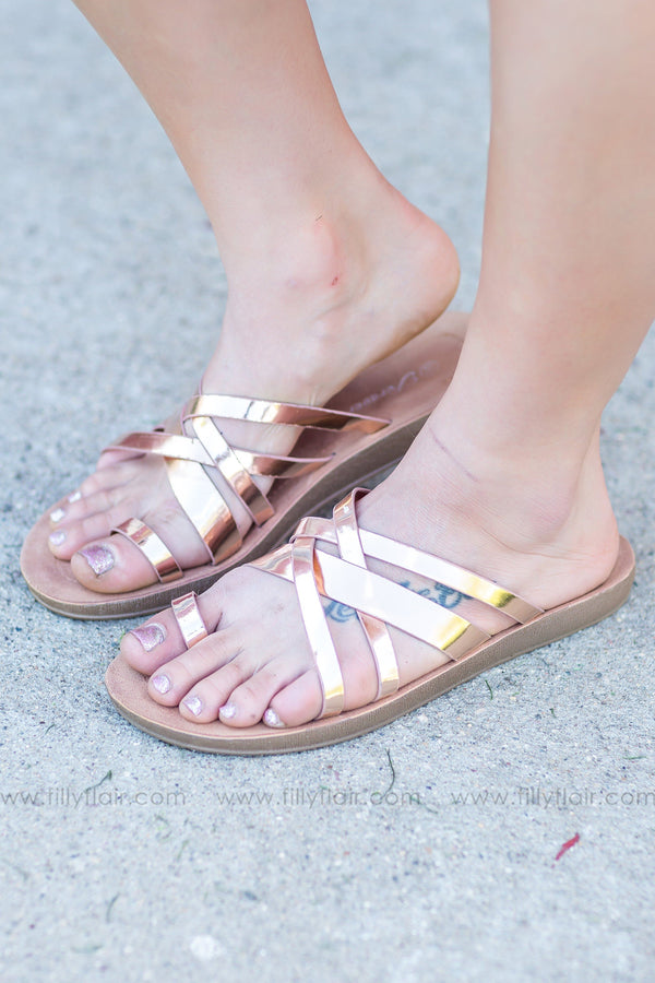 Sand Between Your Toes Strappy Flat Sandals In Rose Gold