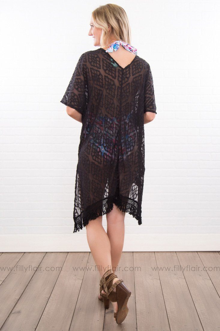 Eyes On Me Sheer Fringe Hem Kimono In Black