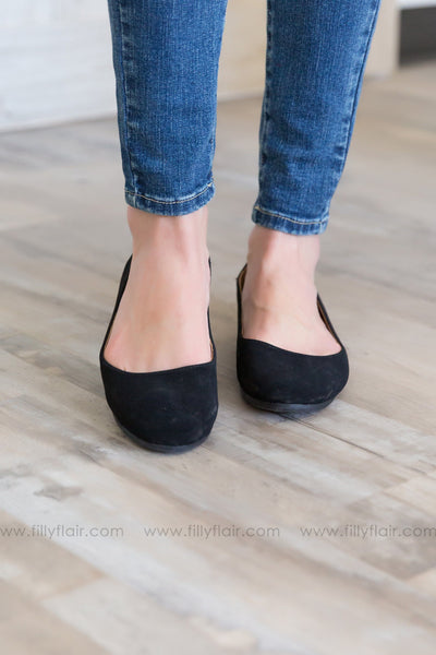 Keep Moving Suede Flats in Black - Filly Flair