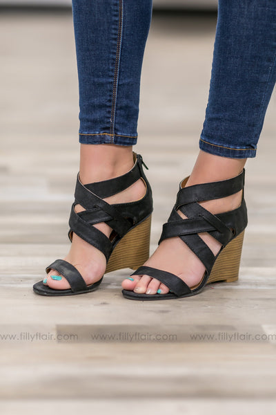 Brody Strappy Wedge in Black - Filly Flair
