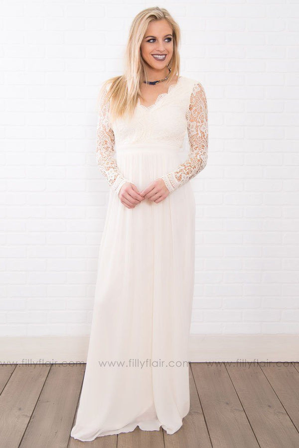 Key To My Heart Long Lace Maxi Dress In Ivory