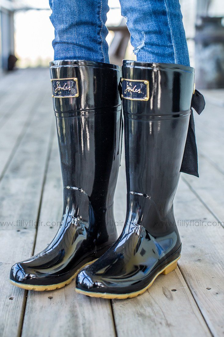 Joules Evedon Rainboots in black with bow