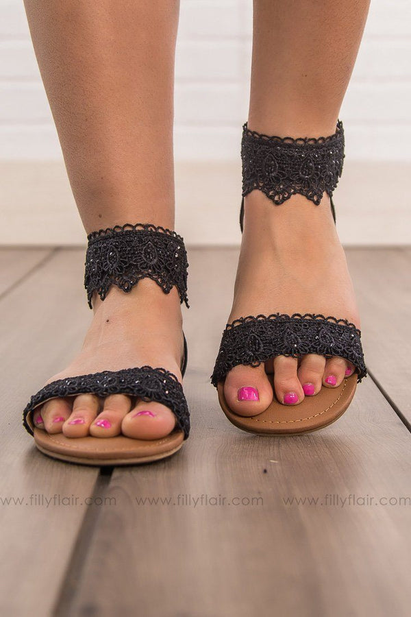 Not Rated Shala Sandal in Black