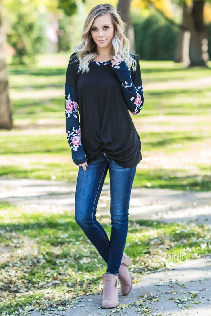 Take A Moment Floral Knotted Top in Black Navy - Filly Flair
