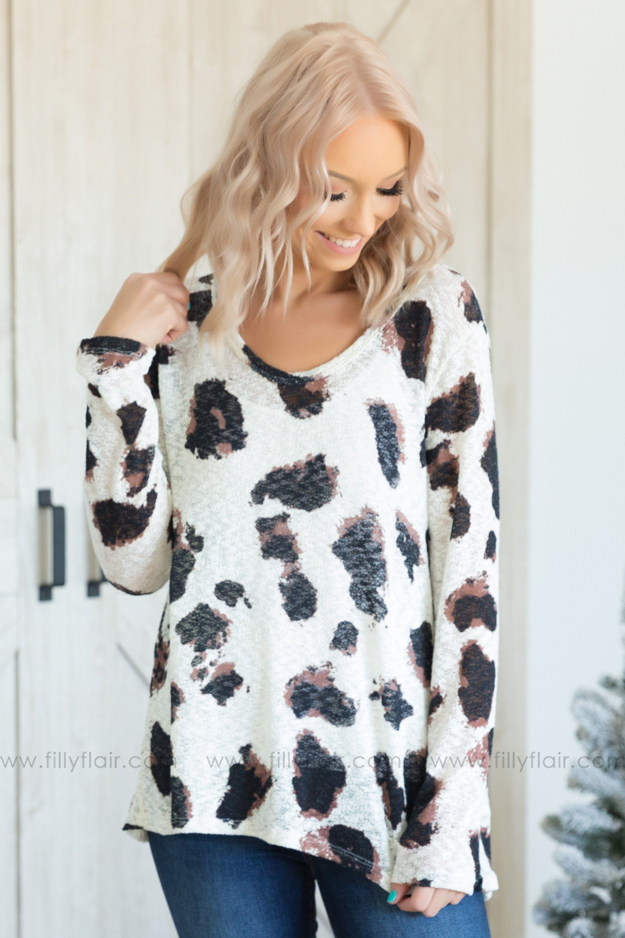 Run Wild Long Sleeve V-Neck Leopard Print Top - Filly Flair