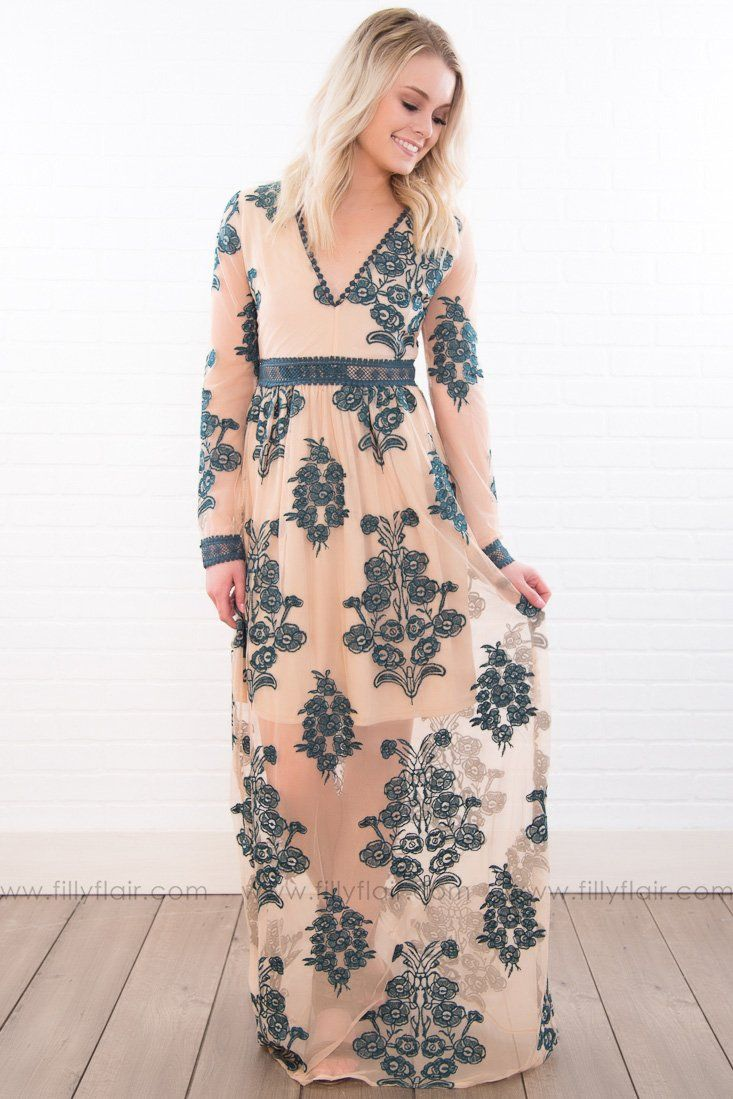 Perfect Portrait Long Sleeve Floral Maxi Dress In Hunter Green