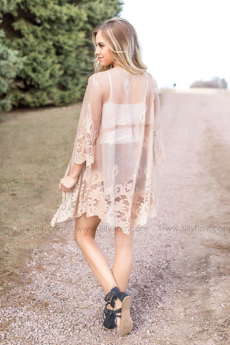 Summer Lace kimono outfit with sandals
