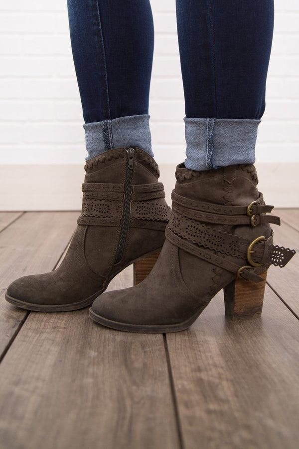 Not Rated Kandinsky Olive Booties