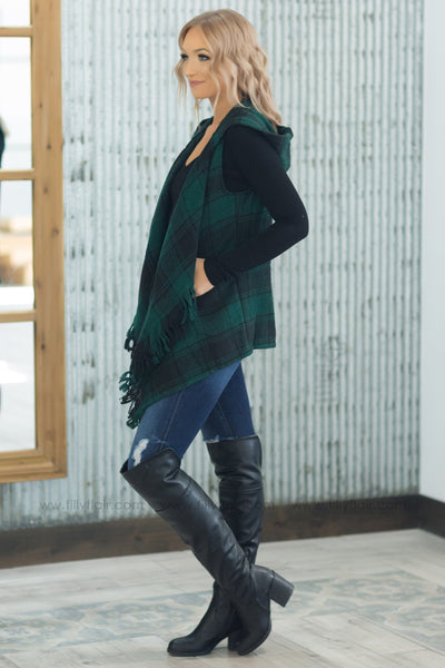 Winter Love Sleeveless Fringe Plaid Vest In Hunter Green - Filly Flair