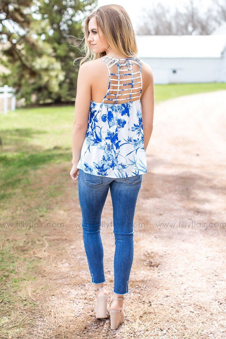 Sunset View Floral Print Strappy Tank in Blue