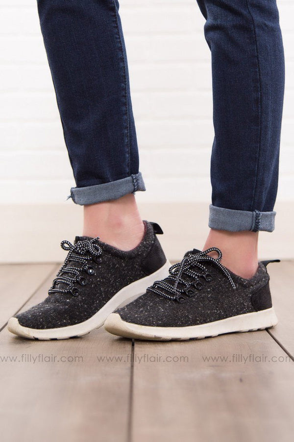 Not Rated Denise Black Sneakers