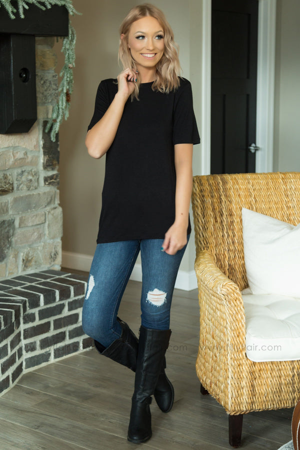 Just The Right Basic Short Sleeve Tee in Black - Filly Flair