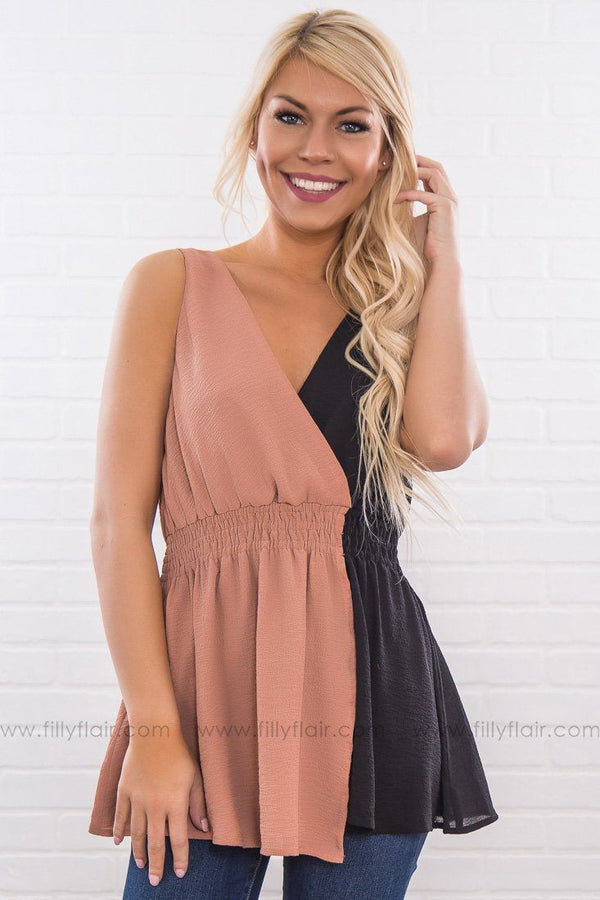 Choked Up Color Block Top In Black Nude