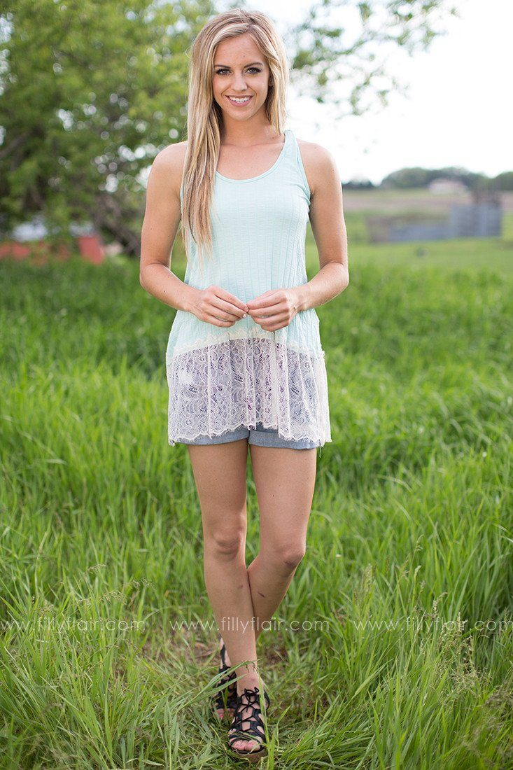 Delicate Beauty Lace Tank in Mint