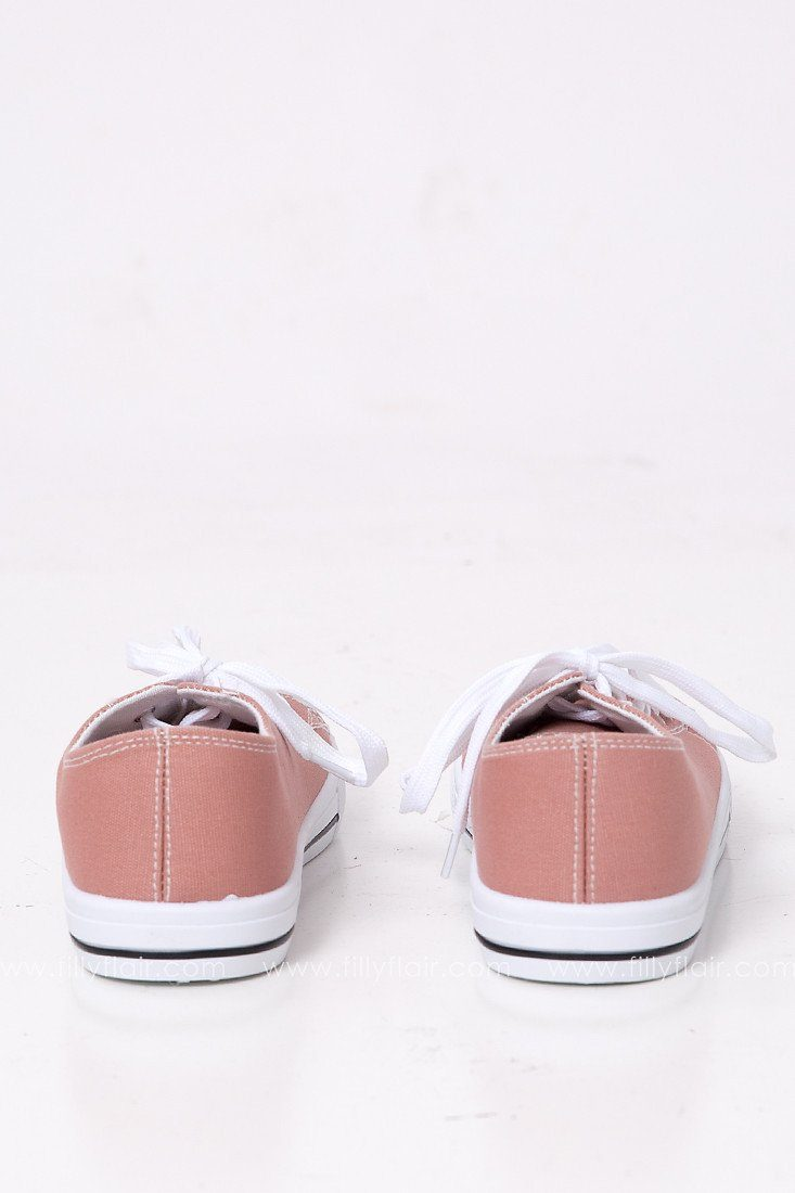 Narnia Lace Up Sneaker in Mauve