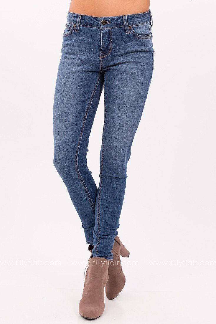 Day to Night Mid-Rise Skinny Jeans