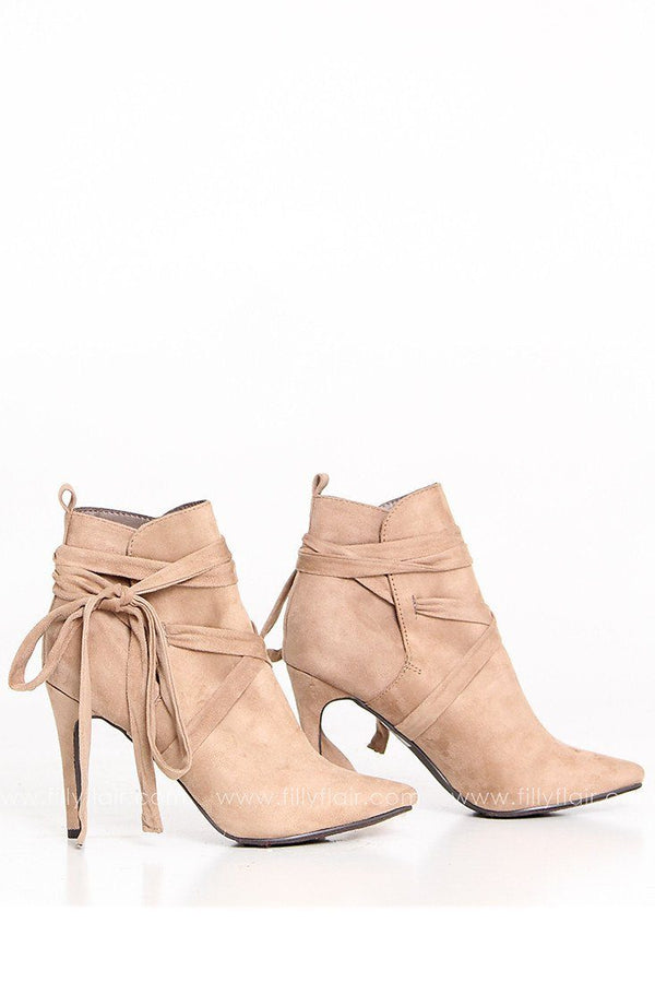 Beverly Bootie in Natural