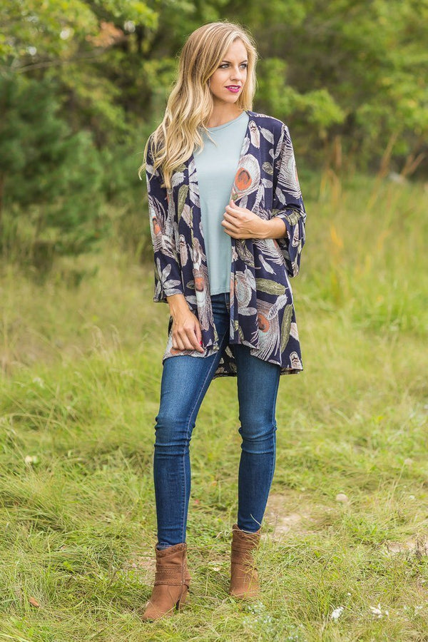 The Navy Scattered Feather Kimono
