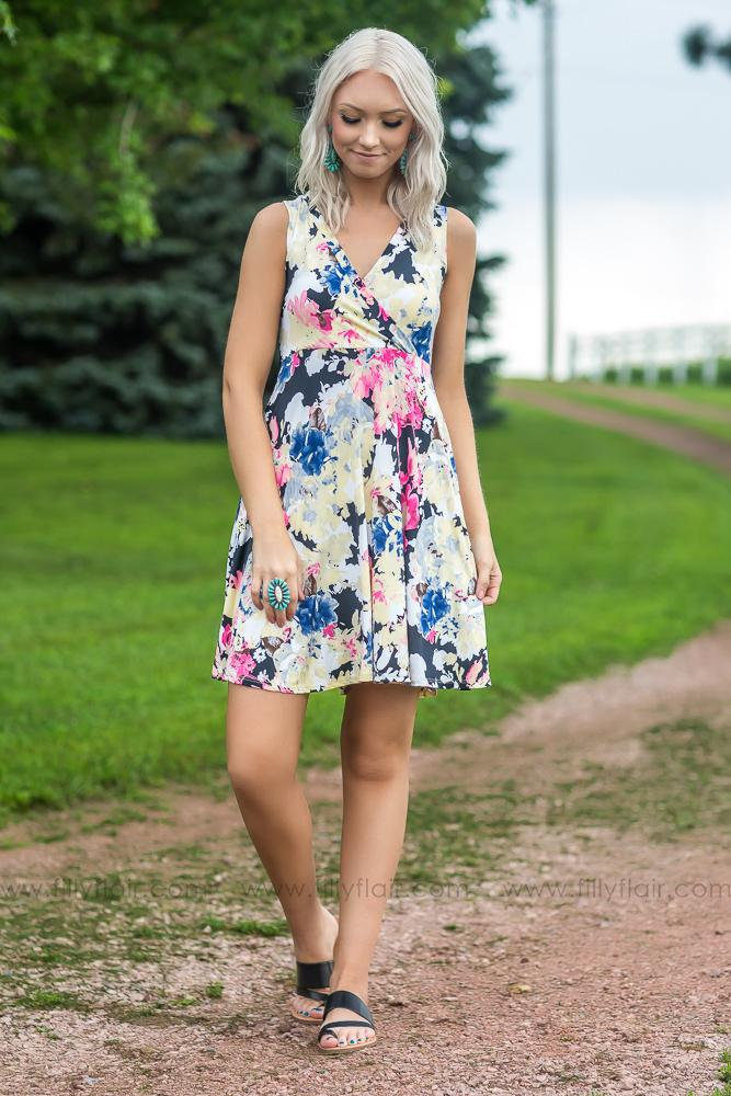 Naturally Lovely Sleeveless Floral Dress In Black Yellow - Filly Flair
