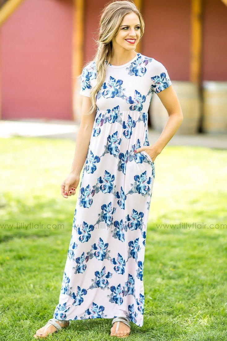 Swoon Worthy Floral Print Maxi Dress in Blush