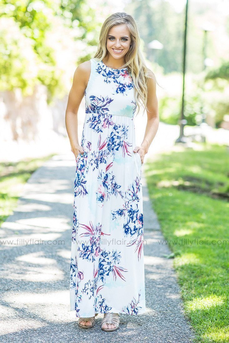 Pretty in Ivory Floral Printed Sleeveless Maxi Dress