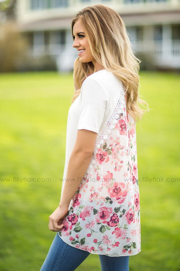 women's boutique tops in floral