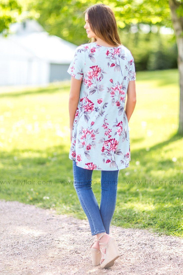 Right Timing Floral Top