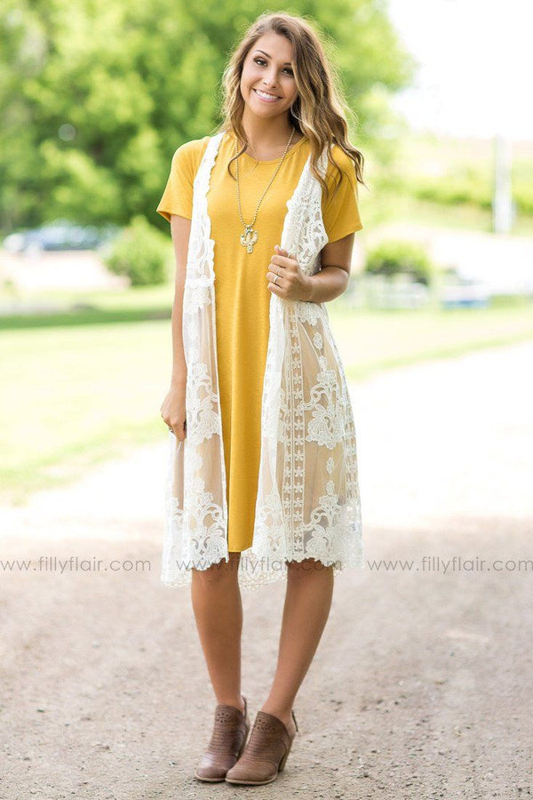 Sleeveless Lace Cardigan In Ivory
