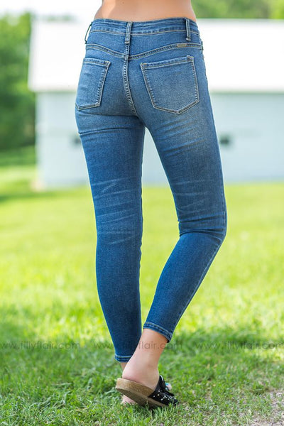 Leary-Ingrid Kan Can Medium Wash Medium Rise Skinny Jeans - Filly Flair