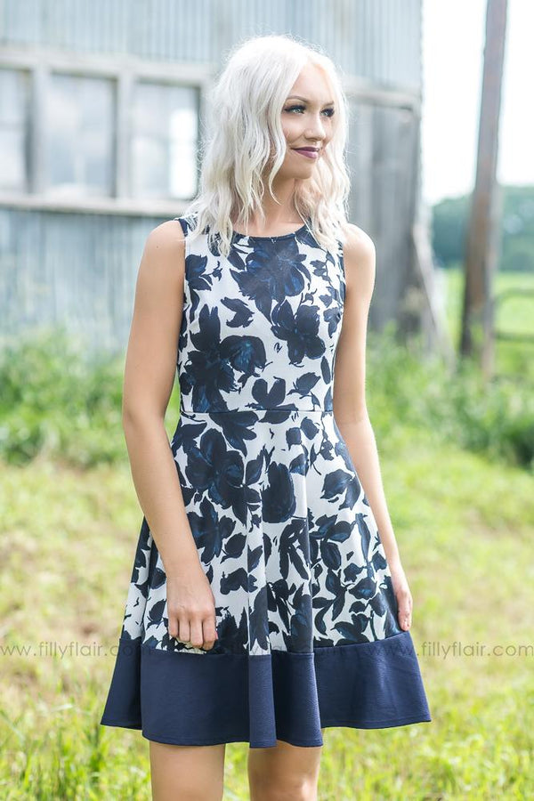 Sparkle In Your Eye Floral Sleeveless Dress In Navy - Filly Flair