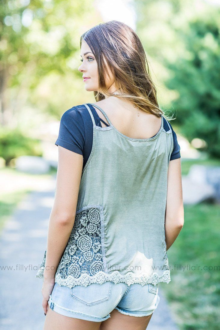 Sidewalk Cafe Olive Sleeveless Open Front Shawl