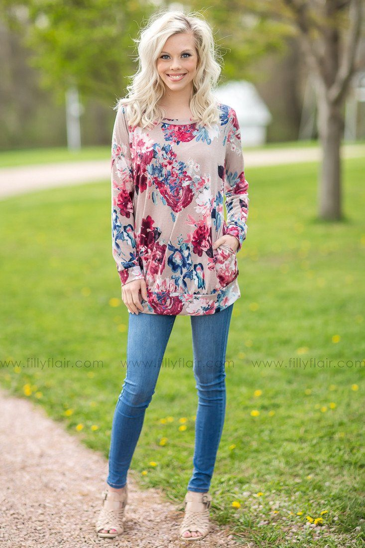 Floral Dreams Top with Pockets in Taupe