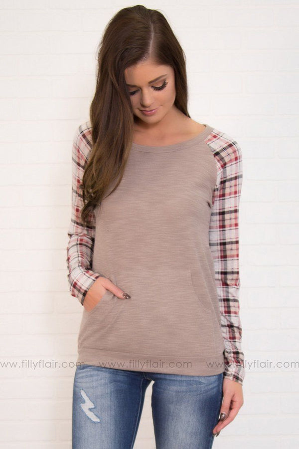 Play All Day Kangaroo Pocket Plaid Top in Oatmeal